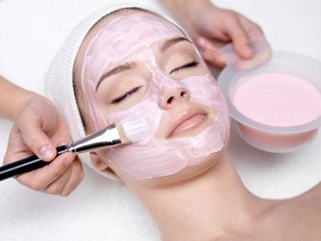 Целительные свойства розовой глины для лица