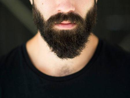 Ускорение роста бороды касторовым маслом