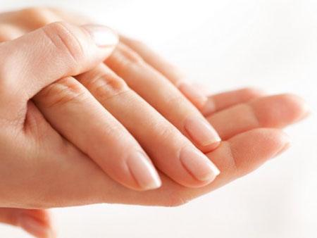 руки после ухода кокосовым маслом