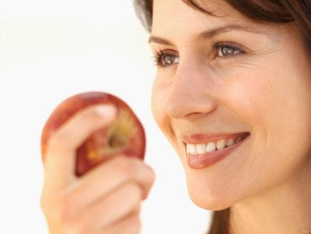 Уход за лицом с помощью яблочного уксуса