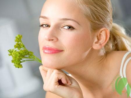 Петрушка для красоты и здоровья кожи лица
