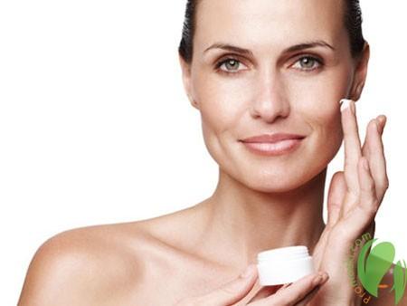 использование крема от рубцов на лице