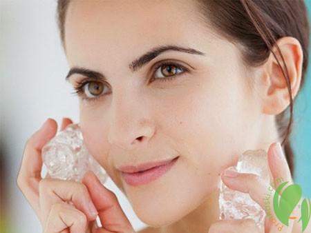 Лёд для лица: как правильно использовать для лифтинга
