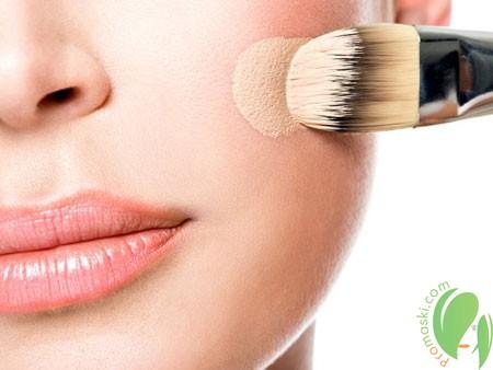 Тональная основа для макияжа домашнего приготовления