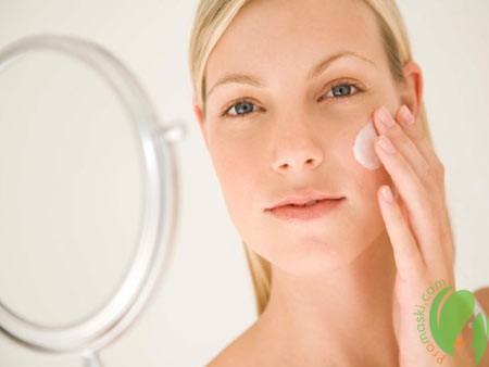 Омолаживающее действие крема с ретиноидами