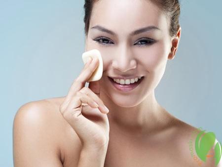 тоник для лица тонизирует и увлажняет кожу