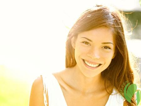 Солнцезащитные спреи для красоты и безопасности локонов