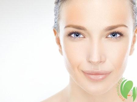 Борьба с морщинами вокруг глаз с помощью натуральных кремов