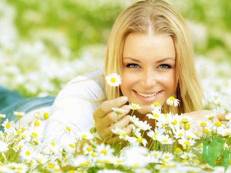 Рецепты натуральных масок для осветления волос