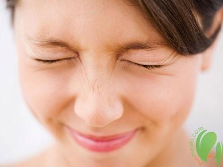 Устранение морщин на лице с помощью гимнастических упражнений
