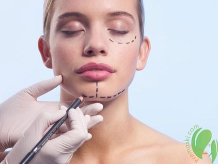 женщина перед пластической операцией
