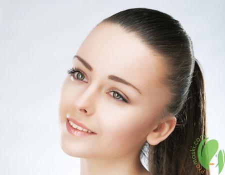 чистая и здоровая кожа женщины