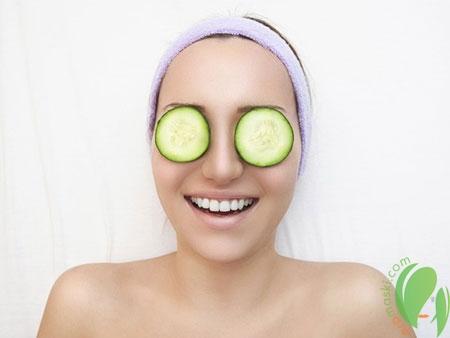 Секреты деликатных масок для глаз
