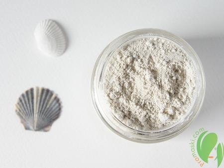 белая глина против растяжек