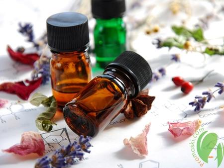 Косметические масла для борьбы с морщинами на лице